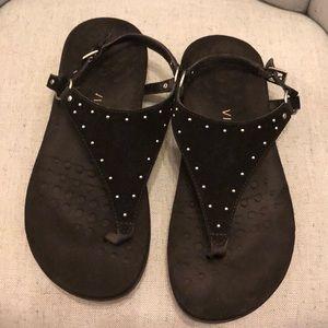 Vionic sandals size 9 M
